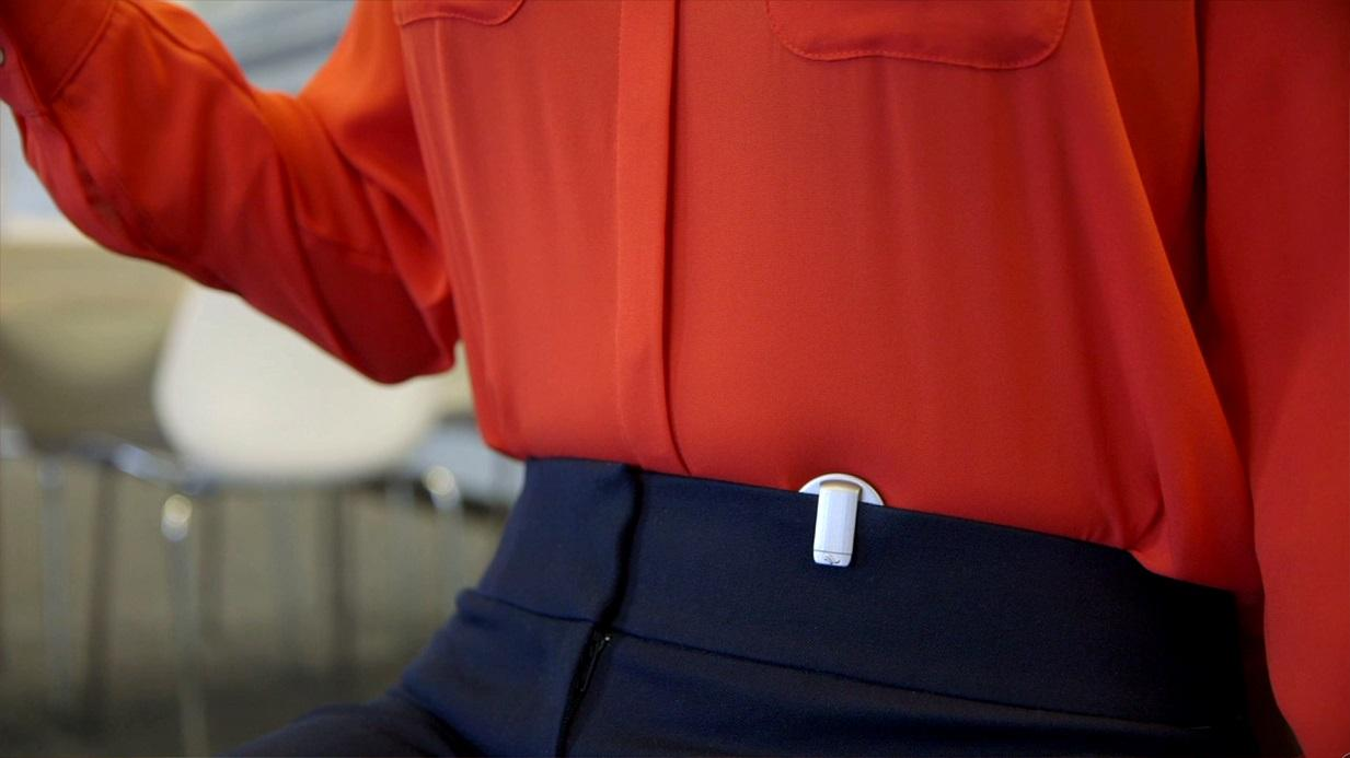 The Prana is worn near the waist, simply clipping onto the user's waistband or attaching to their clothing via a magnetic clasp