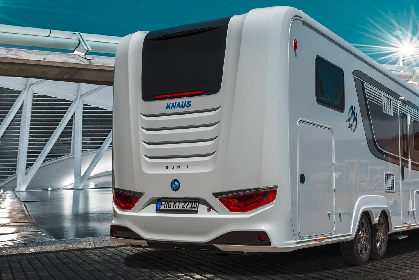 The Sun i motorhome shares a taillight design with the Eurostar caravan