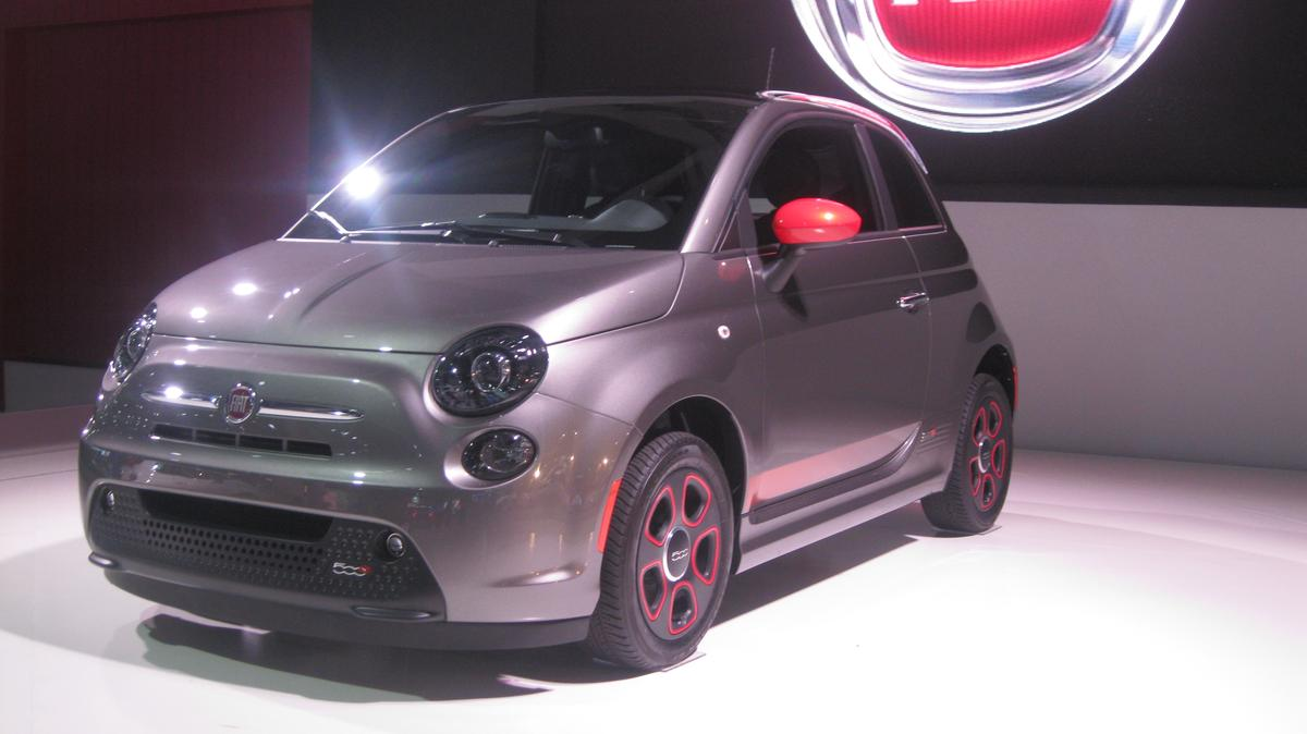 Fiat revealed the 500e at the 2012 LA Auto Show