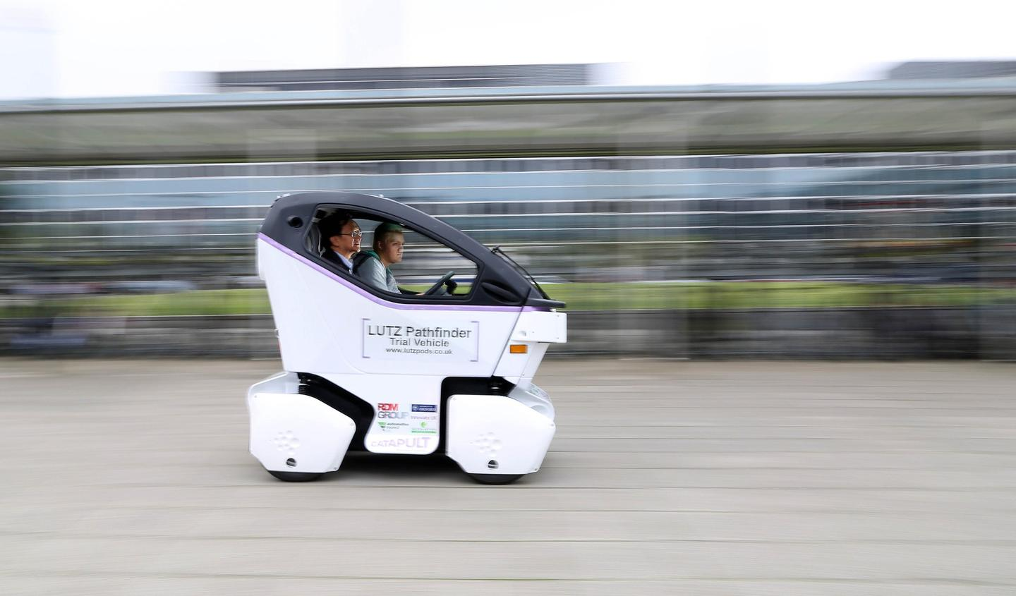 The Lutz Pathfinder has a maximum speed of 15 mph (24km/h)