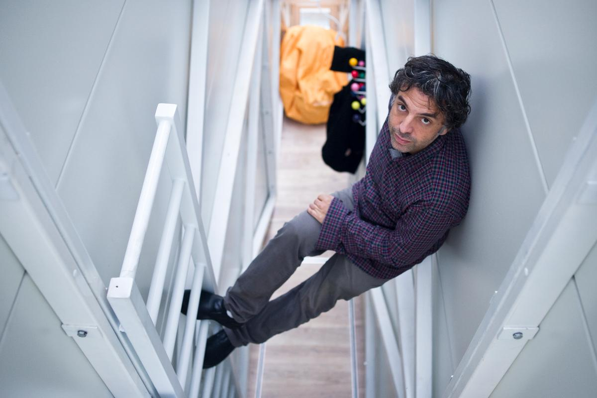 Etgar Keret inside Keret House (Photo: Bartek Warzecha, © Polish Modern Art Foundation)