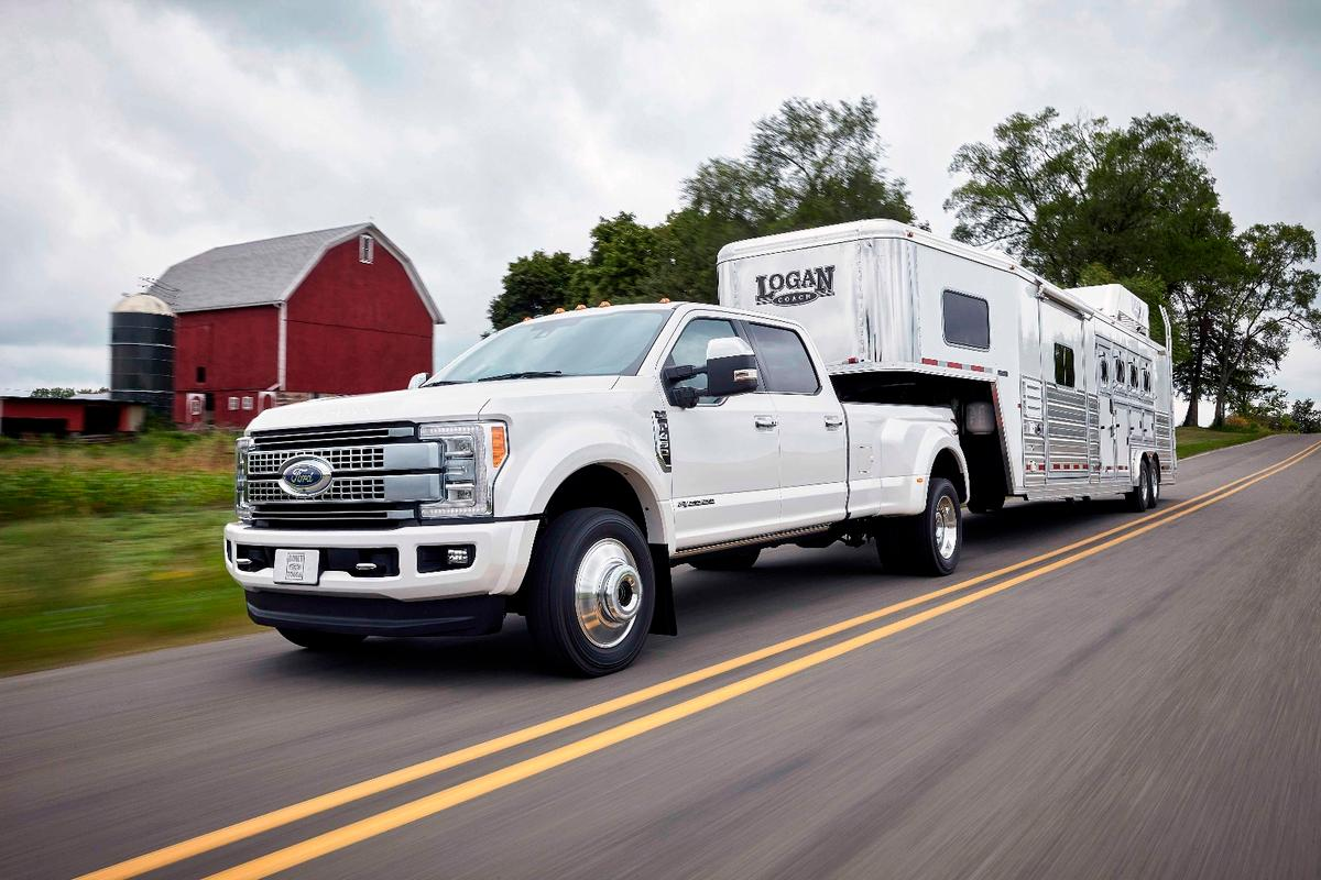 Ford's F450 Super Duty has some serious pulling power