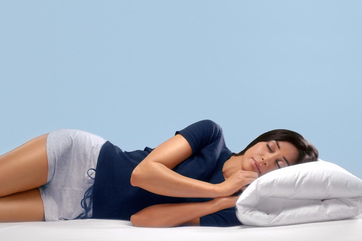 The Wopilo is a pillow that's designed to be firm on one side, and fluffy on the other