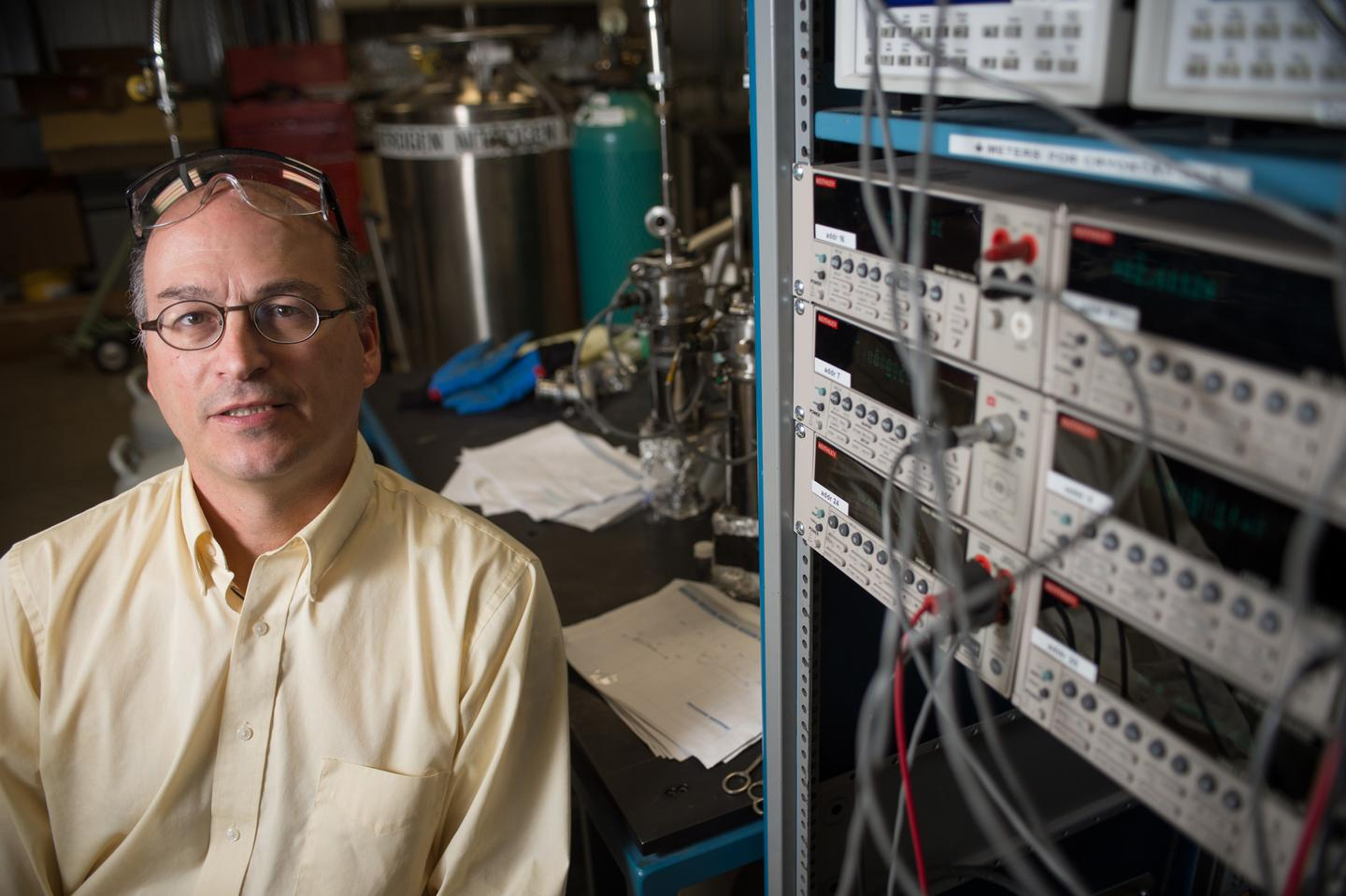 The material was developed by a team from Michigan State University, led by Prof. Donald Morelli (pictured)