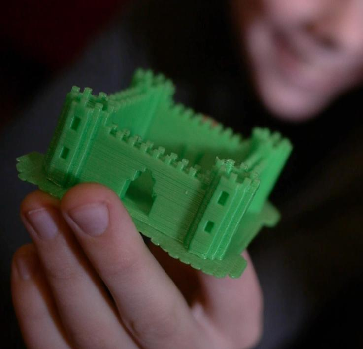 A Castle made in Minecraft and printed via Printcraft