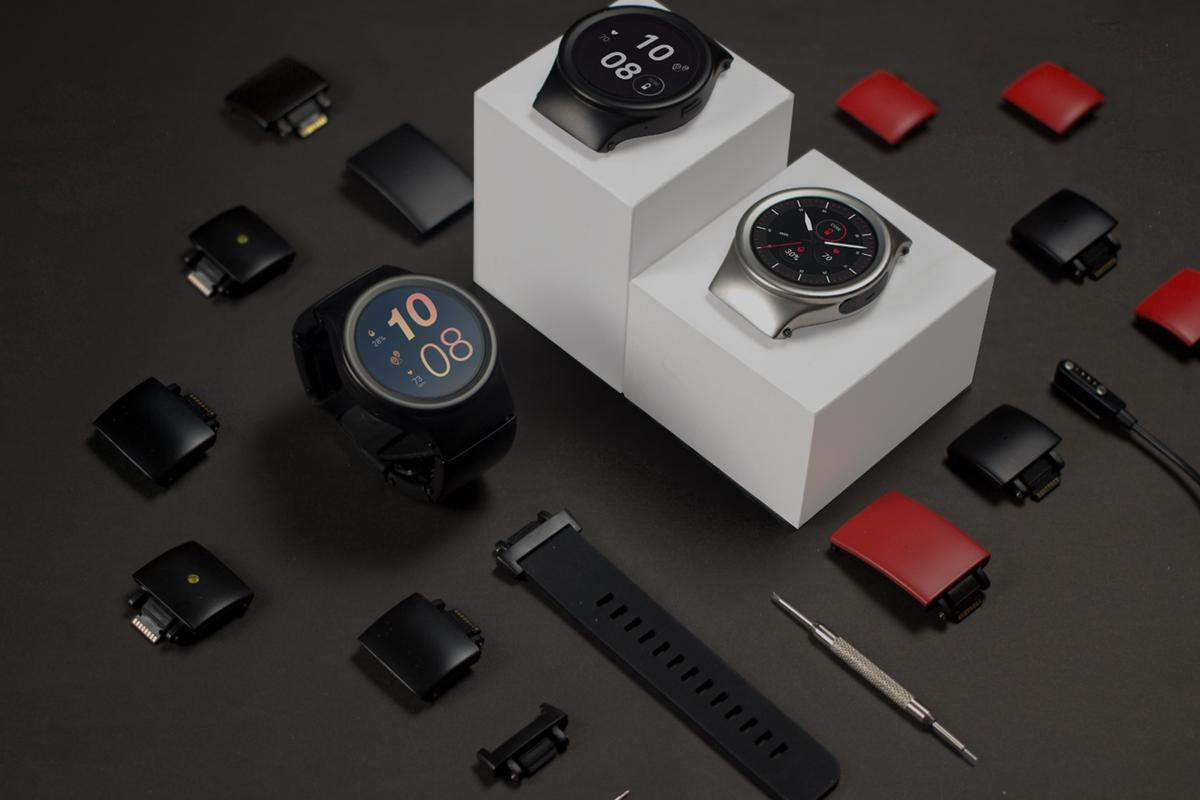 The Blocks smartwatch can now be yours, starting from $259