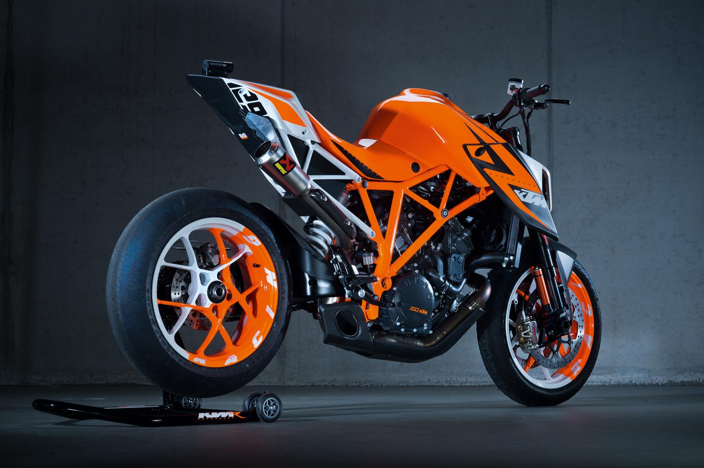 1290 Super Duke R prototype