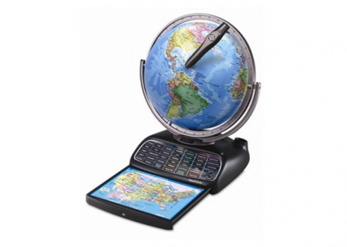 Internet updateable SmartGlobe