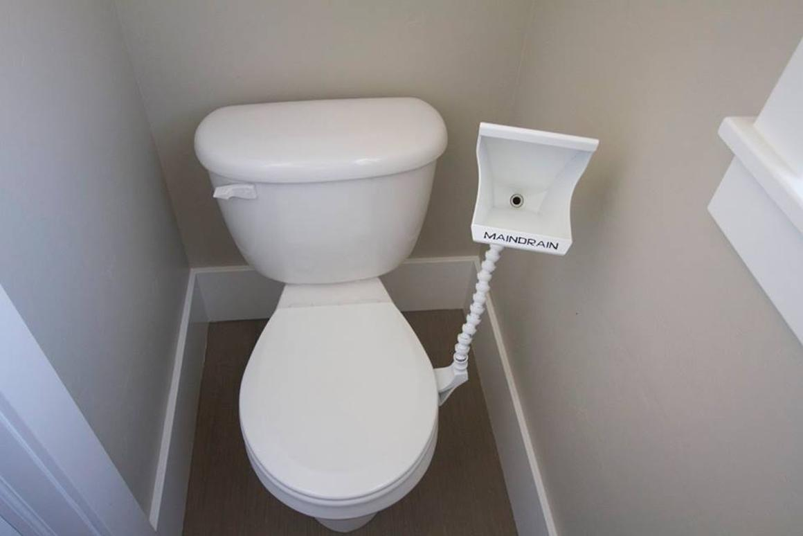 Awe Inspiring Main Drain Adds A Urinal To Any Toilet Download Free Architecture Designs Osuribritishbridgeorg