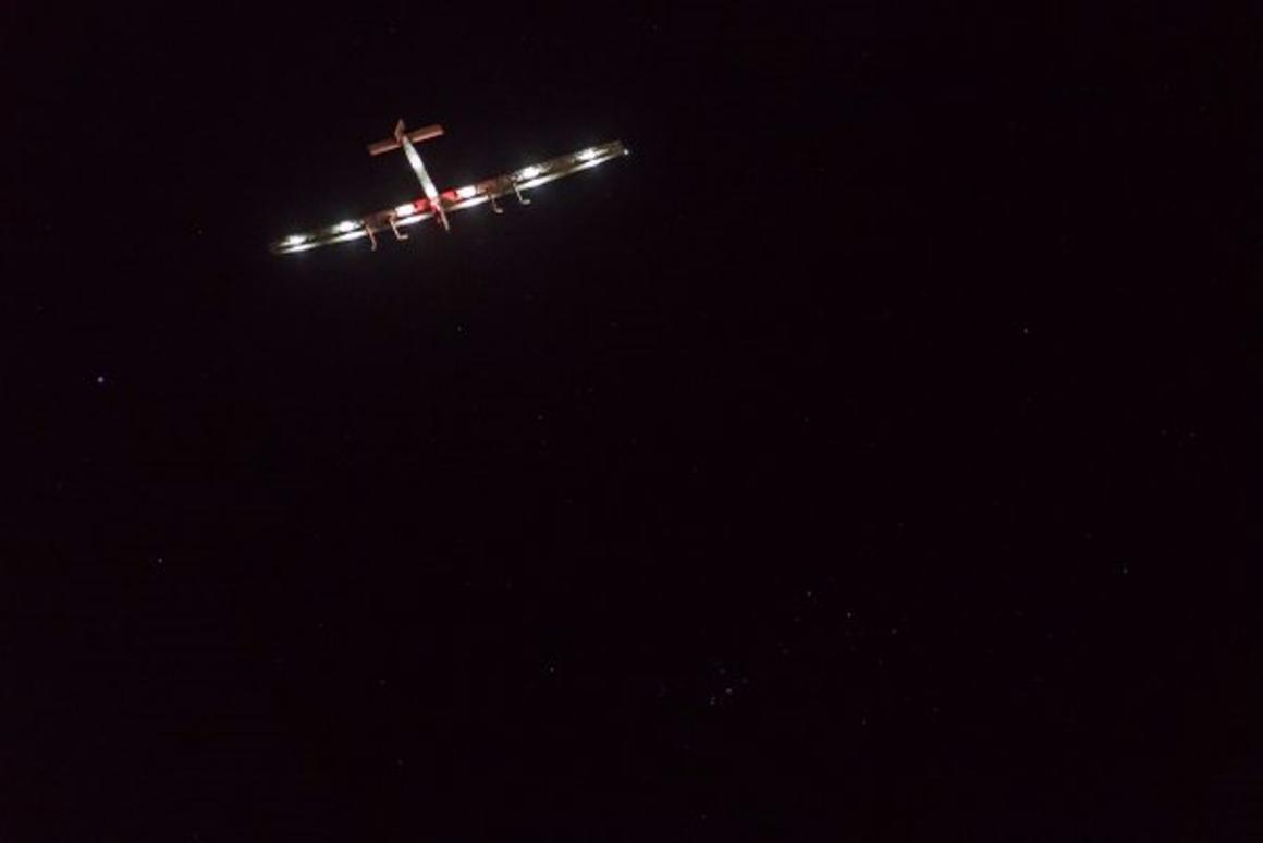 Solar impulse 2 making its final approach to Tulsa