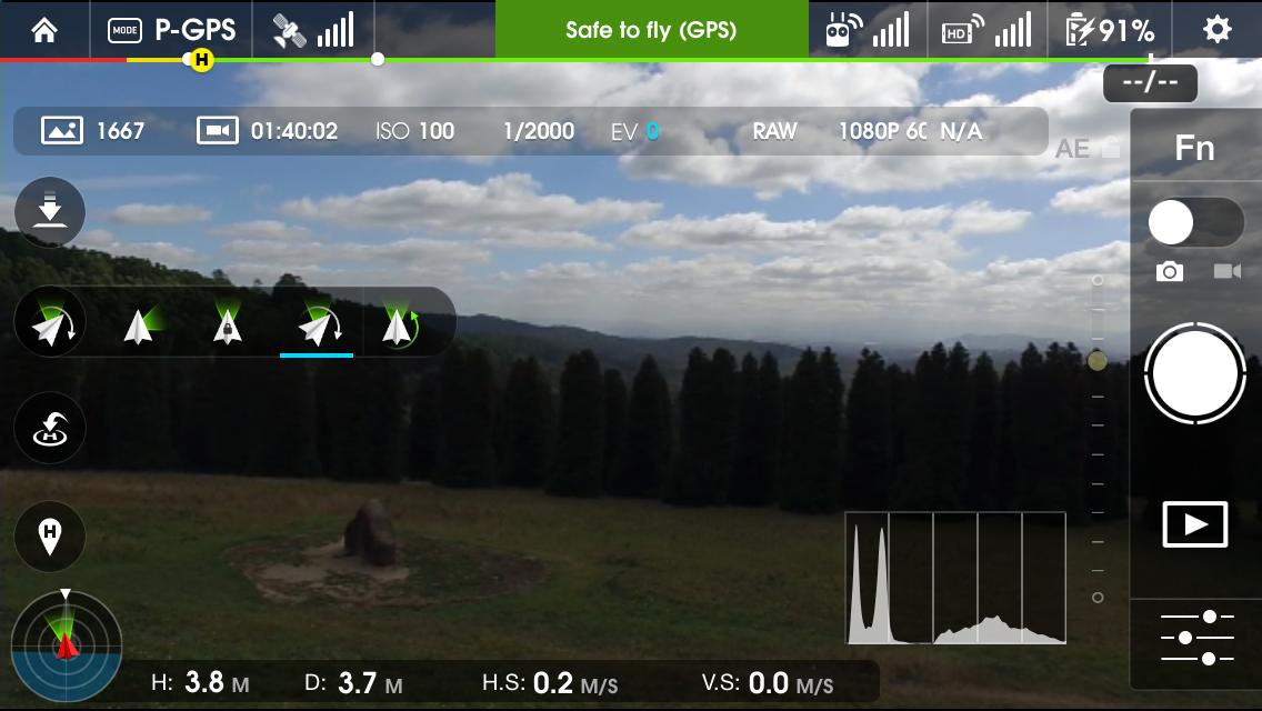 DJI Inspire 1: integrated Lightbridge transmitter streams video back to the controller at 720p