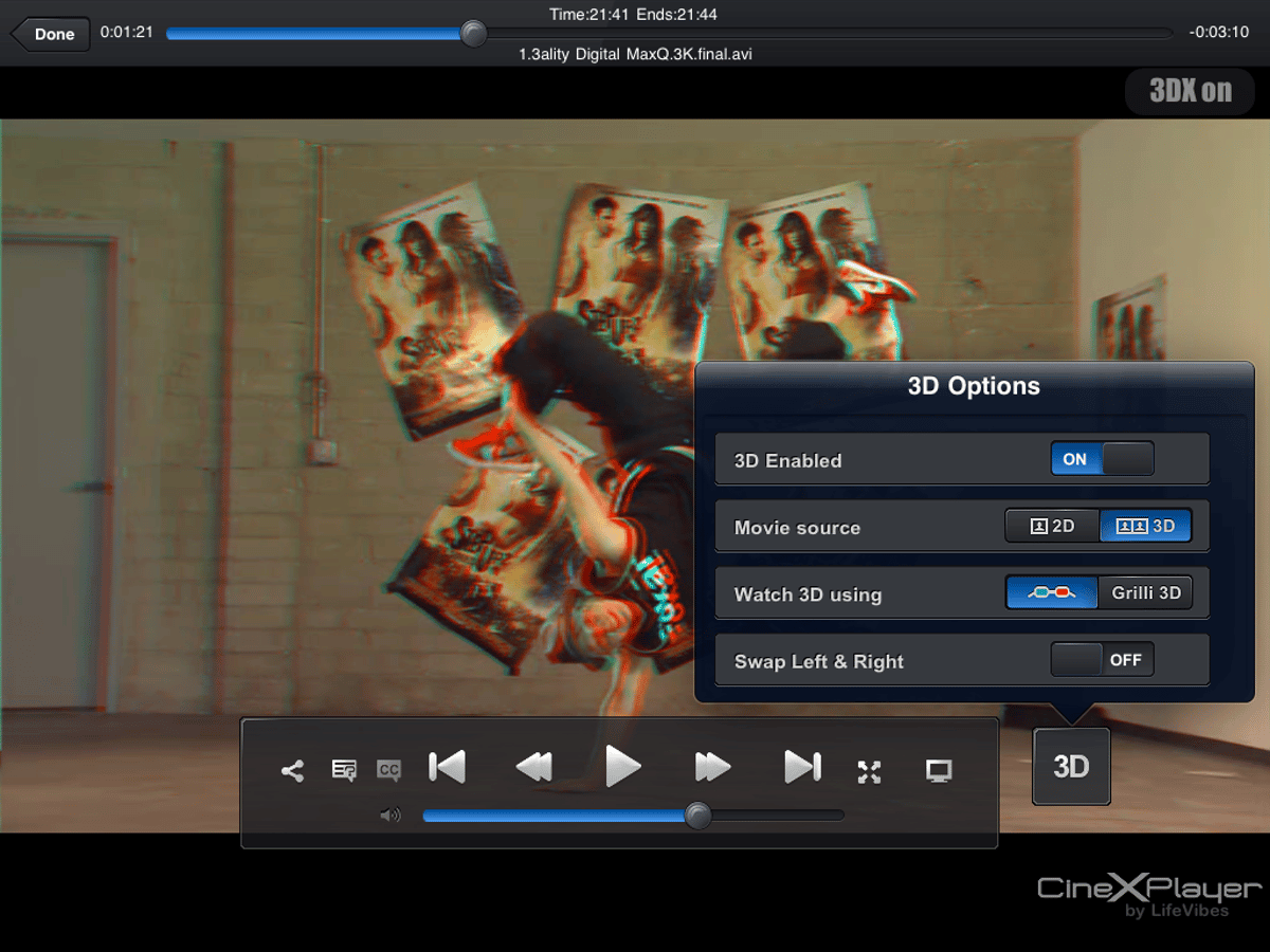 CineXPlayer supports anaglyph (above) 3D or glasses-free 3D using the GRilli3D screen overlay