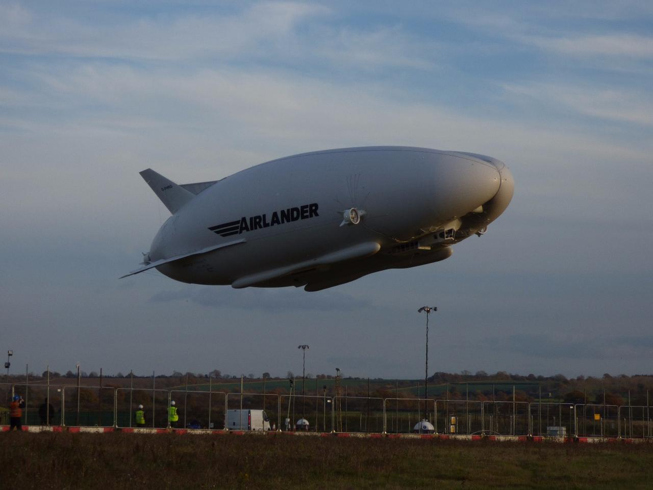 Airlander 10, shortly after taking off on its sixth test flight