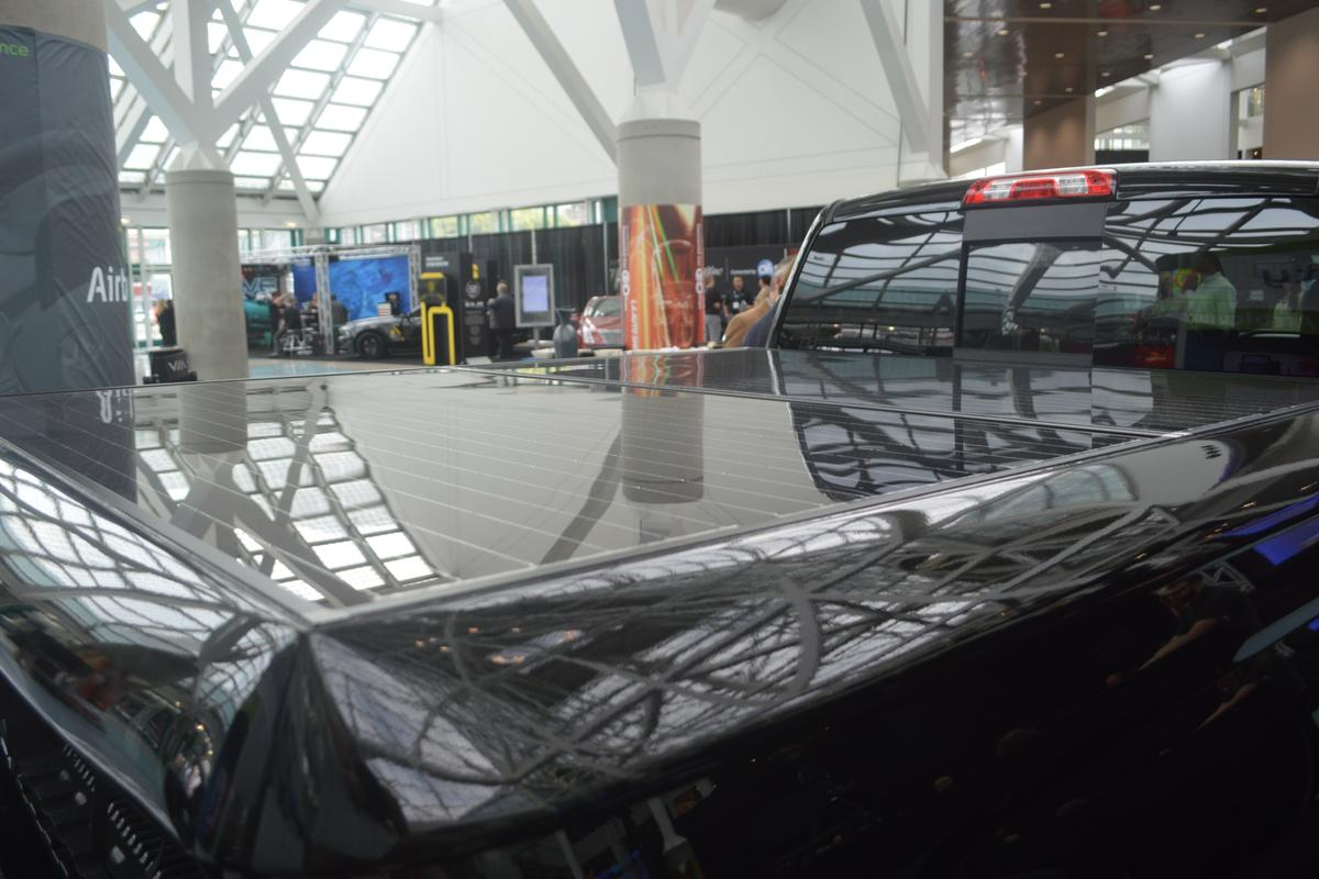 VIA Motors claims its solar tonneau cover provides an extra 10 miles (16 km) of all-electric driving range (Photo: C.C. Weiss / Gizmag.com)