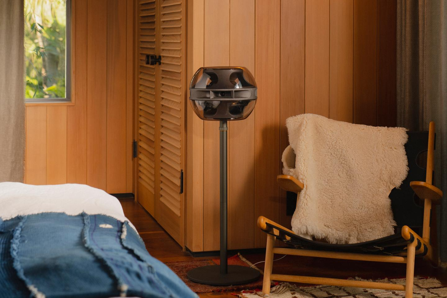 The Cell Alpha can compensate its output to match any room configuration