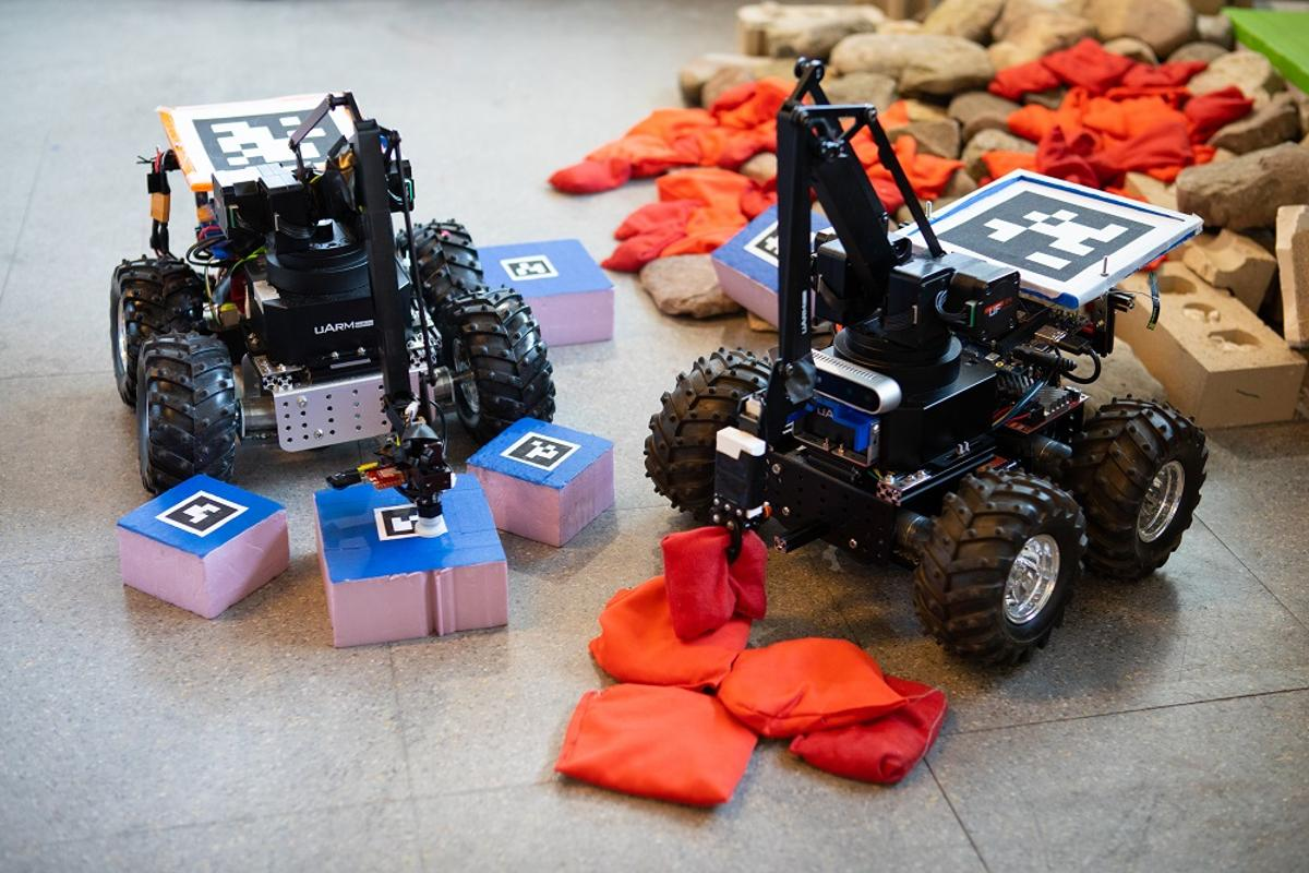 The researchers modified a mini rover and loaded it with custom algorithms that allows the robot to continually monitor its surroundings