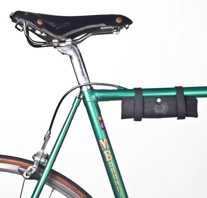 The Nutter can be mounted beneath the top tube