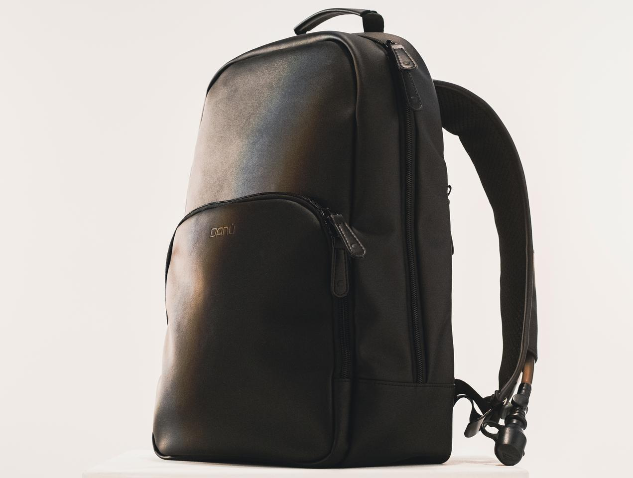 The Danú Bag is being offered in five earth tone colors
