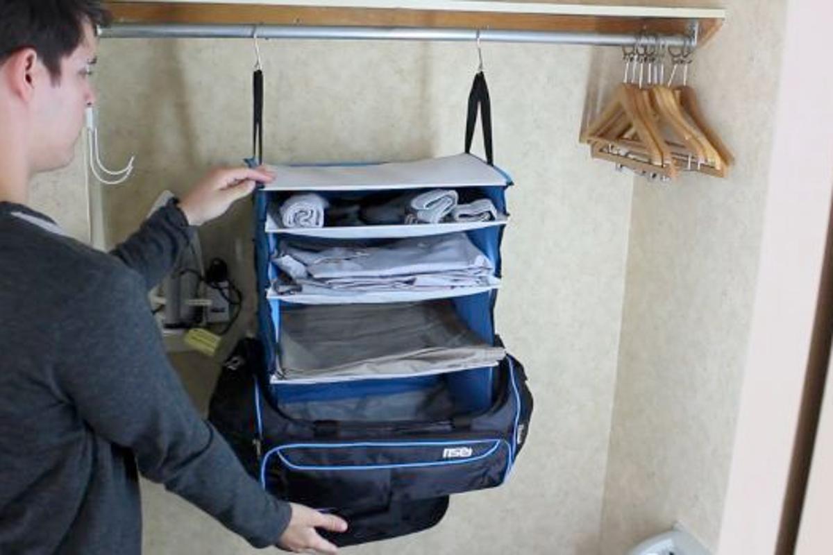 The Rise & Hang duffel bag