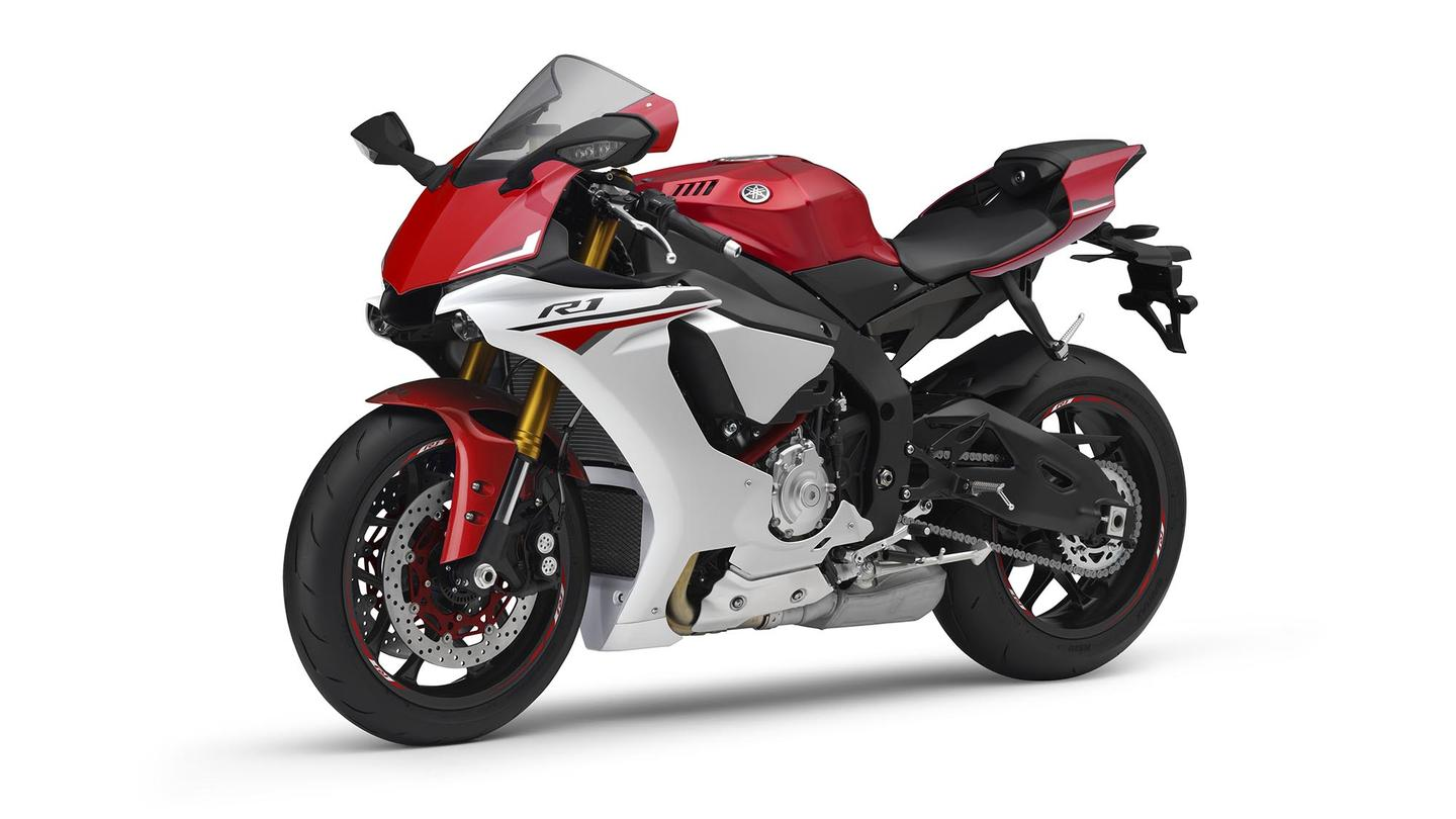 2015 Yamaha YZF-R1 - red