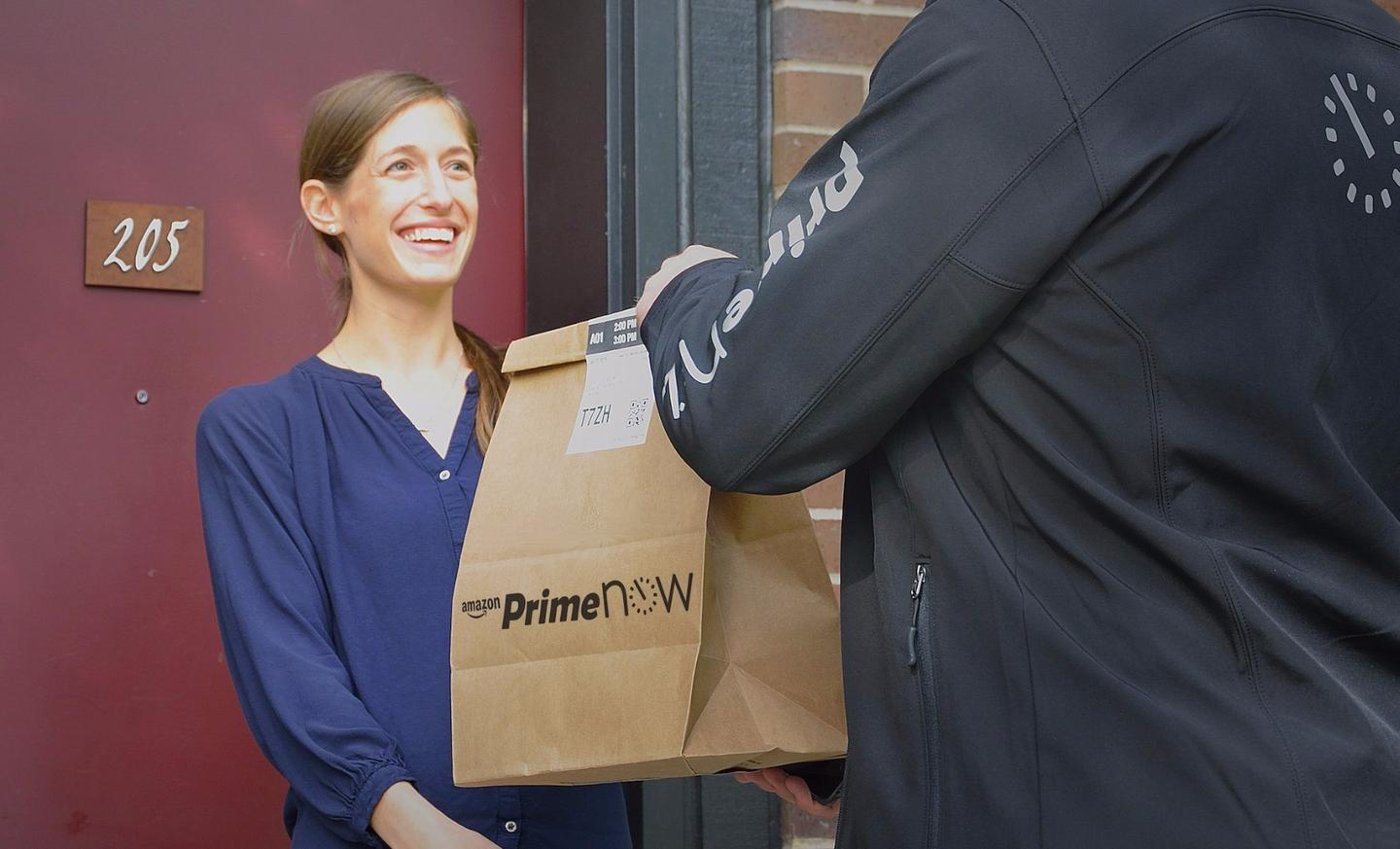 Amazon says drivers will be able to work as much as they want, with delivery opportunities available seven days a week