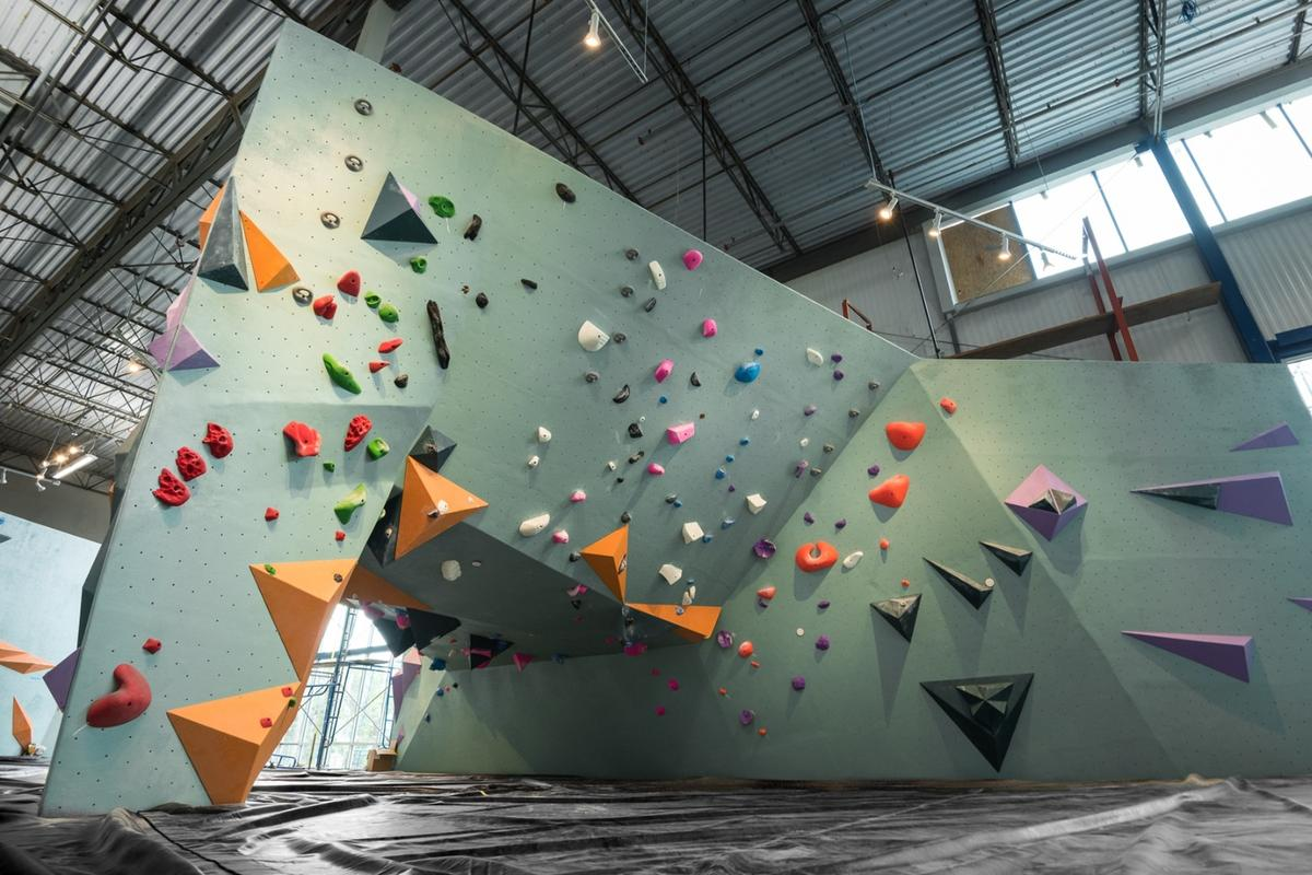 The Austin Bouldering Project has around 23,000 sq ft (2,137 sq m) of climbing surfaces