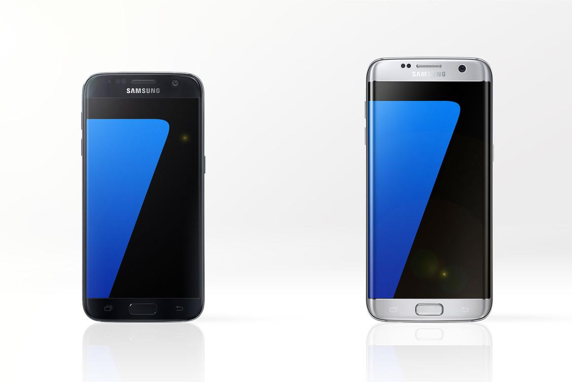Gizmag compares the features and specs of the Samsung Galaxy S7 (left) and Galaxy S7 edge