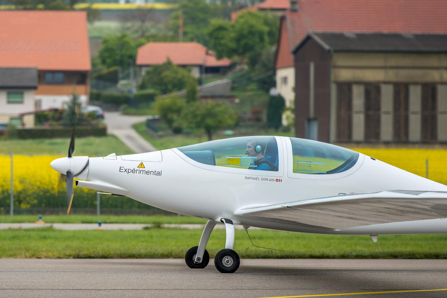 The flight took place in the SolarStratos team's home country of Switzerland, at the Payerne airport