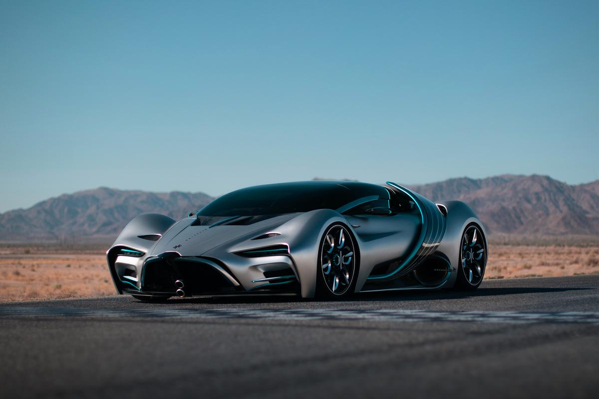 The wild Hyperion XP-1 fuel cell hypercar, complete with articulating solar panels