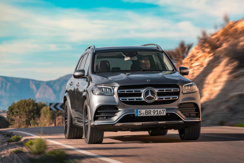 Mercedes Benz Embiggens Its Biggest Luxury Suv The New 2020 Gls