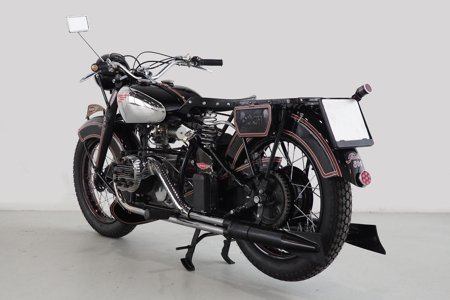 1937 Puch 800 | Dorotheum Auctions, Vienna | Sold 17 October, 2020 | EUR 103,500 (US$121,300) | Estimate: EUR 90,000 to EUR 120,000 (USD$110,000 to $140,000)