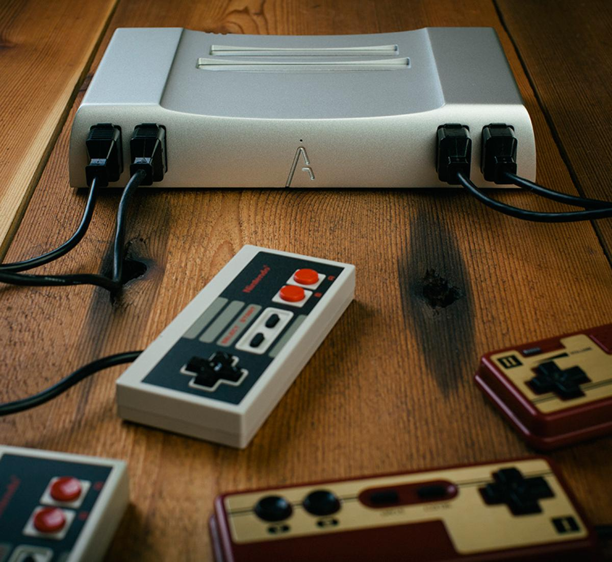 The Analogue Nt sports genuine NES guts
