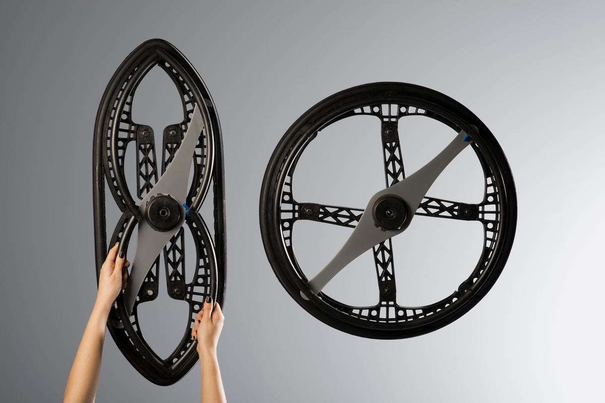 The wheel size is reduced from 24 inches in diameter, to 32 x 12.5 inches when folded