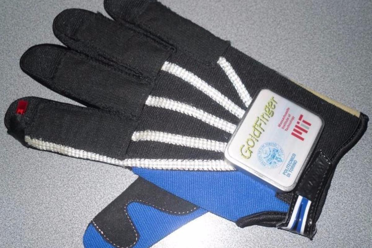 Goldfinger uses components integrated into the glove fabric to make the device more comfortable and intuitive to use
