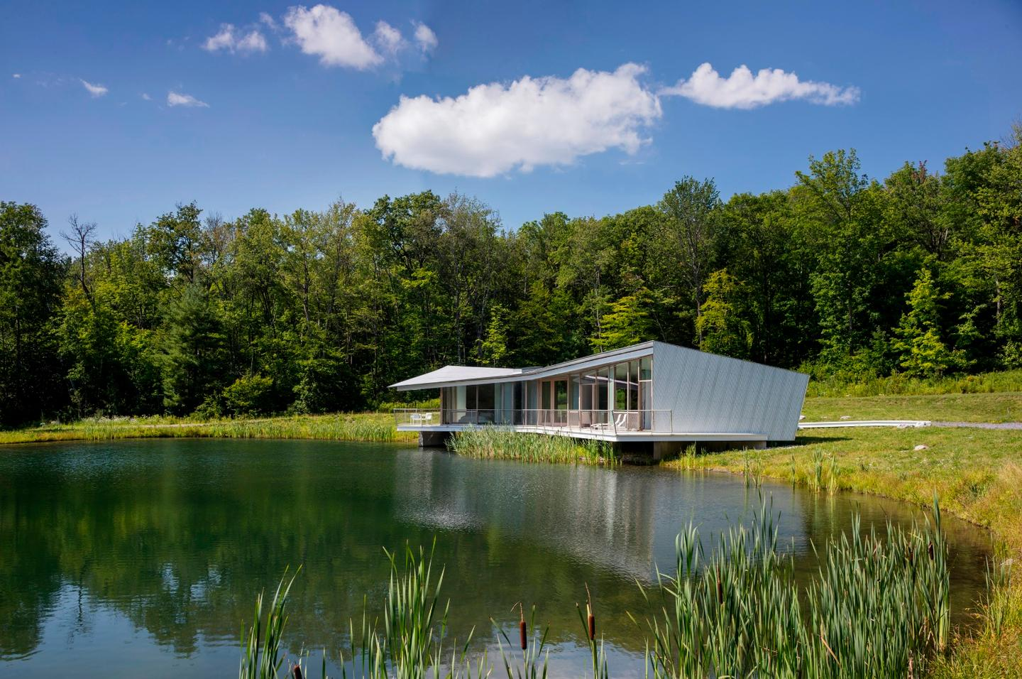 """Honors in the Architecture category ofthe AIANY2019 Design Awards: """"Ephemeral Edge"""" in Austerlitz NY, by Dean/Wolf Architects"""