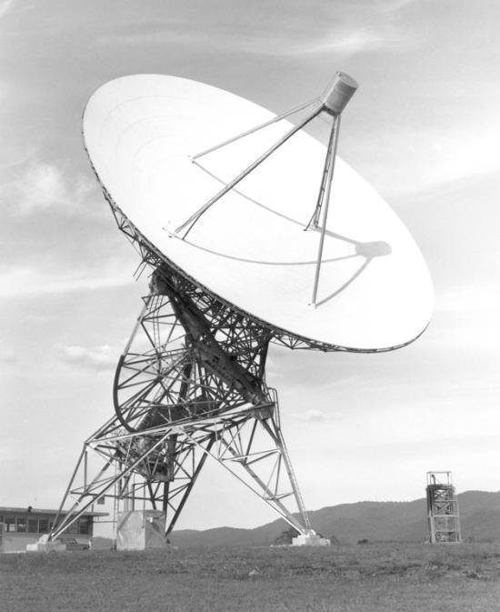 One of the original radio telescopes at Green Bank