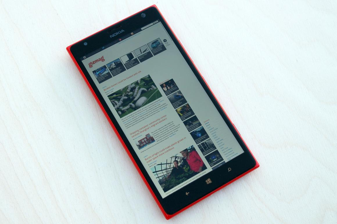 Gizmag reviews the Nokia Lumia 1520, a powerhouse phablet that runs Windows Phone 8