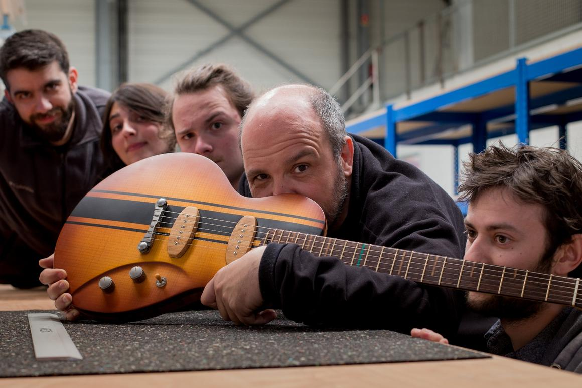 LuthierJean-Yves Alquier and team present the limited editionCosmic One