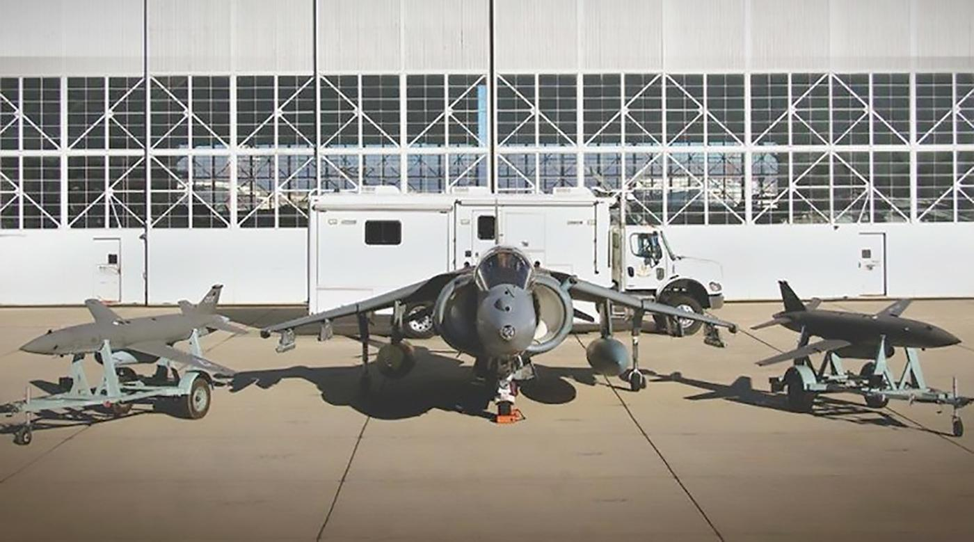 How a combat mission might look in the future – one manned fighter aircraft and a couple of armed-to-the-teeth unmanned buddies  that can handle multiple targets and deflect threats