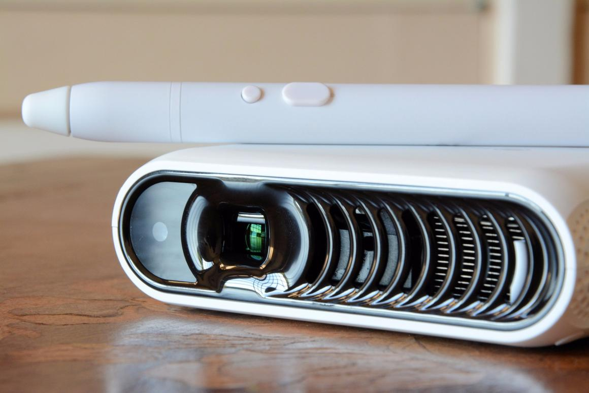The Pond Android computer/projector from Touchjet