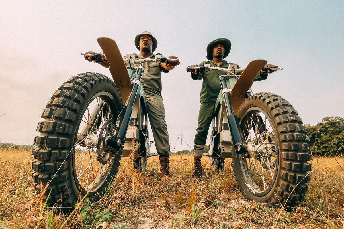 The anti-poaching rangers from the Southern African Wildlife College have started using the first Kalk AP electric motorcycles from Cake