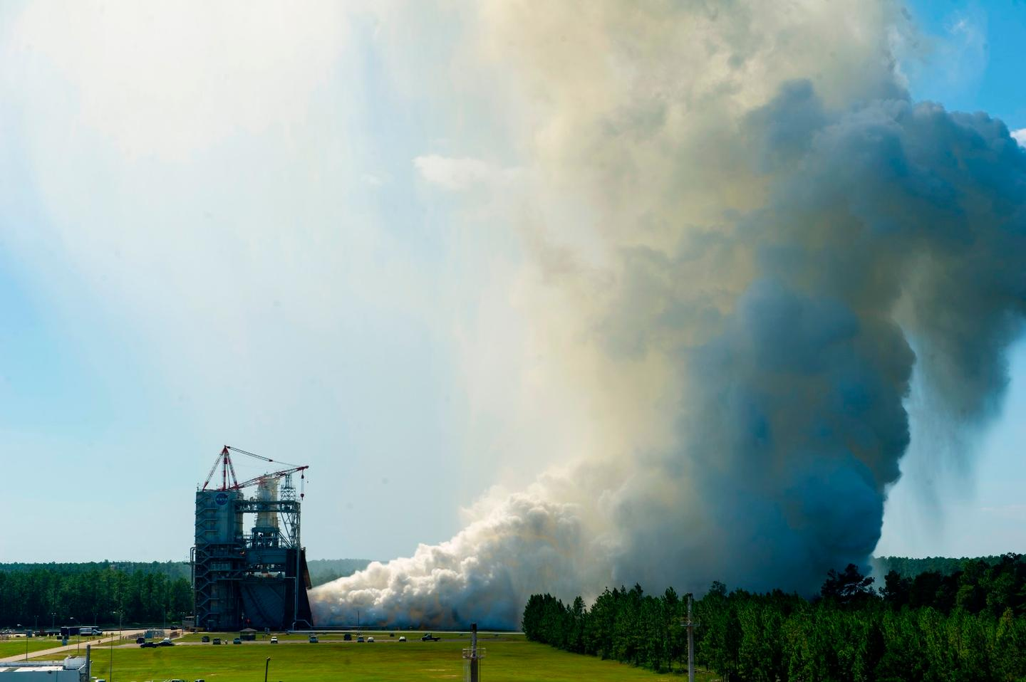 The RS-25 engine fired up for a 535-second test August 27, 2015 at NASA's Stennis Space Center near Bay St. Louis, Mississippi