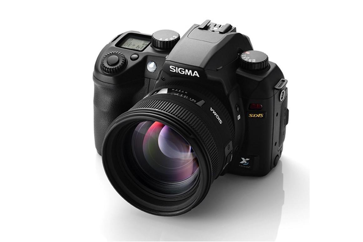 The Sigma SD15 DSLR runs a 14MP Foveon X3 direct image sensor