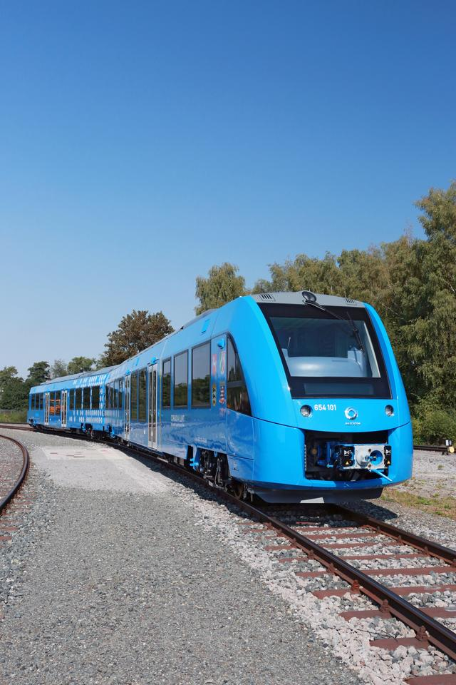 The Coradia iLint is powered by hydrogen fuel cells
