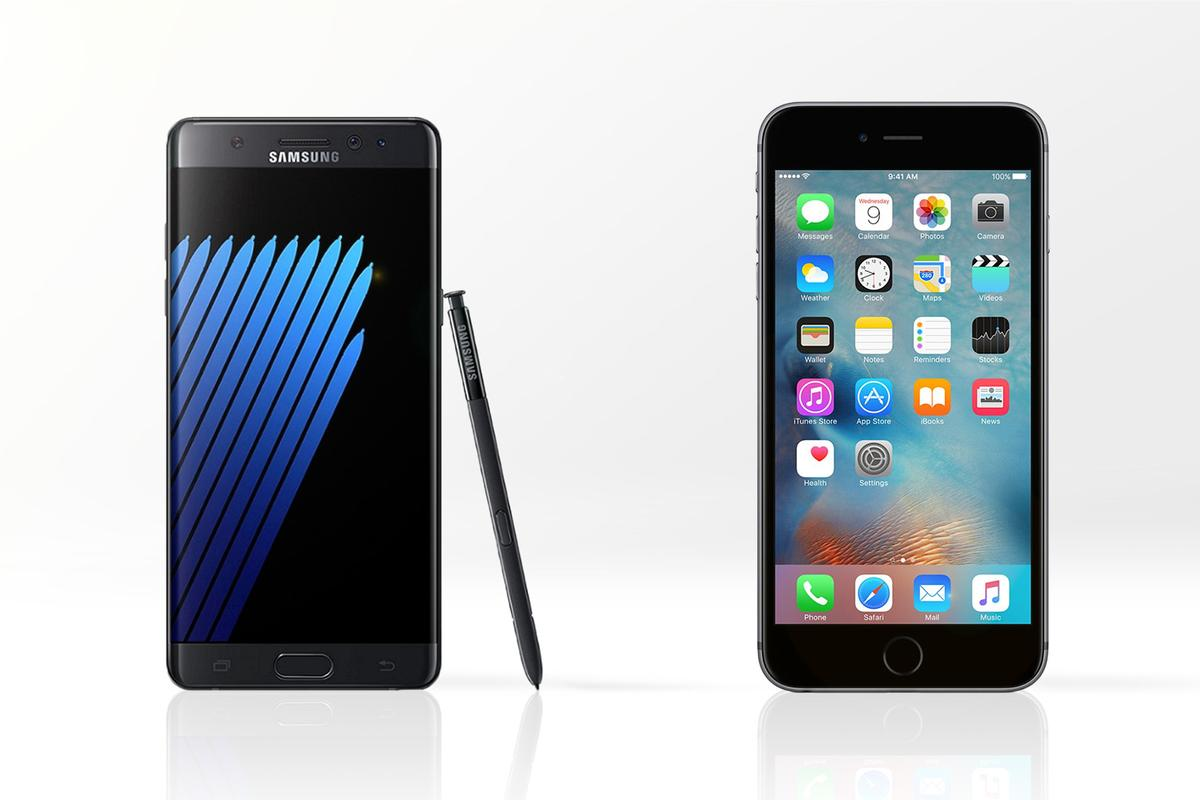 New Atlas compares the features and specs of the Samsung Galaxy Note 7 (l) and Apple iPhone 6s Plus