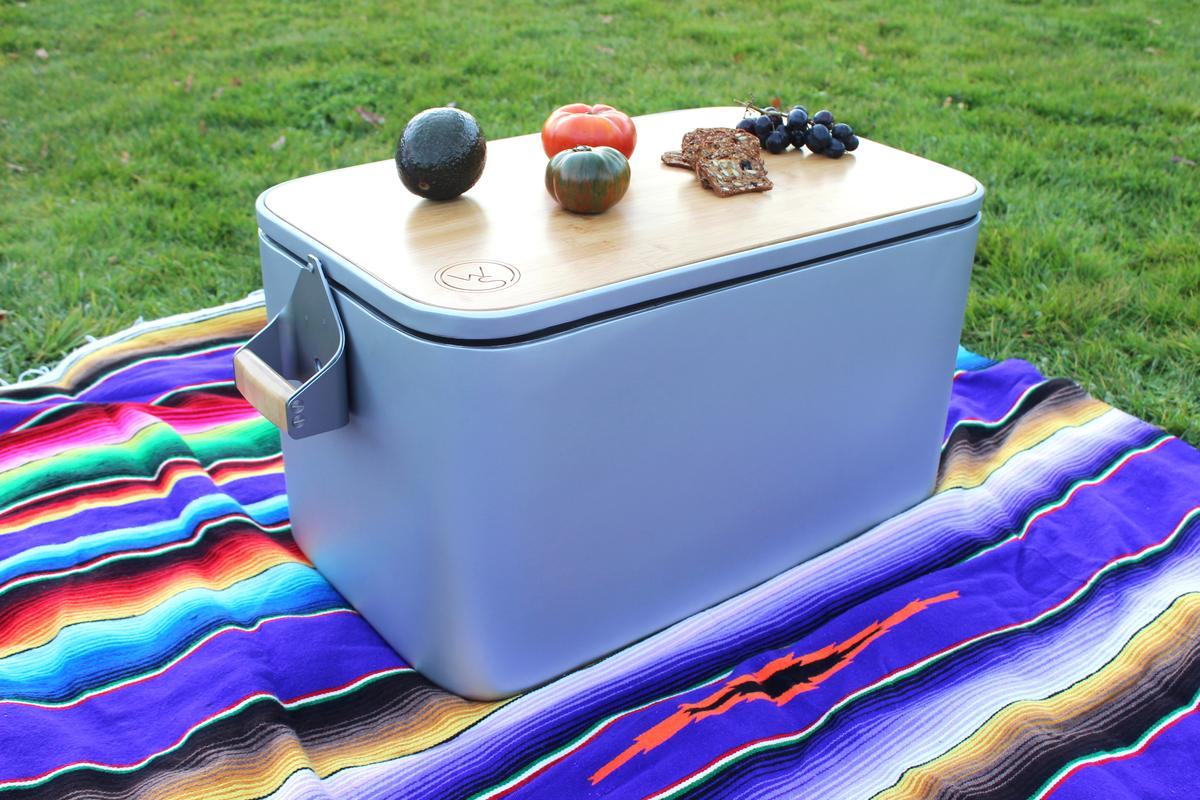 The Wooly cooler has a capacity 52 quarts (50 L)