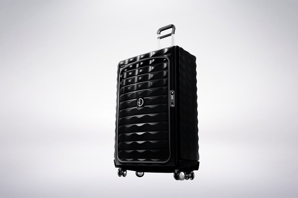 The Néit case is made from a combination of polycarbonate and aircraft-grade aluminium