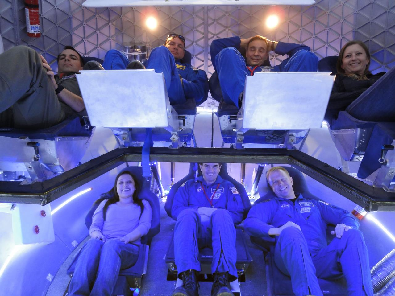A mock-up of the crew compartment planned for the SpaceX Dragon (Photo: SpaceX)