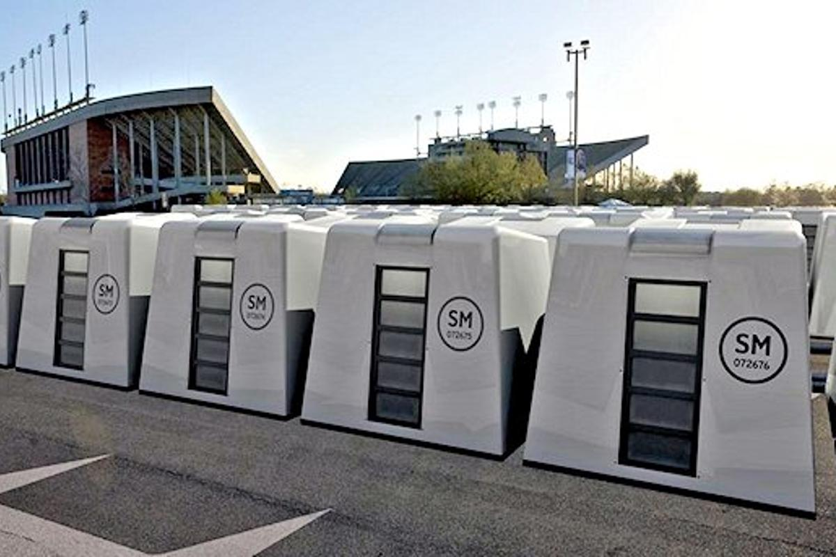 The Reaction Housing System deployed in a stadium parking lot (Photo: Reaction Housing Systems)
