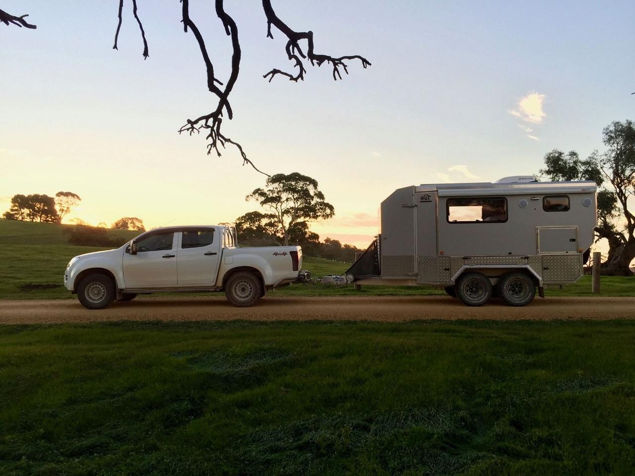The dual-axle, 4,100-lb (1,860-kg)HUTrv caravan tows smaller than it lives